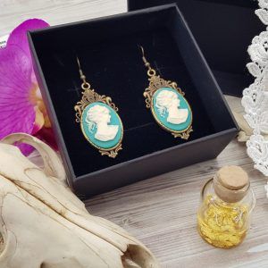 Boucles d'oreille steampunk victorien avec camée turquoise en résine