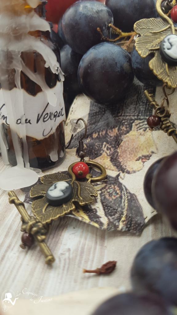 boucles d'oreilles victorienne sur feuille de vigne et camée